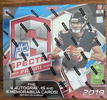 Picture of 2019 Panini Spectra FOTL Football Box